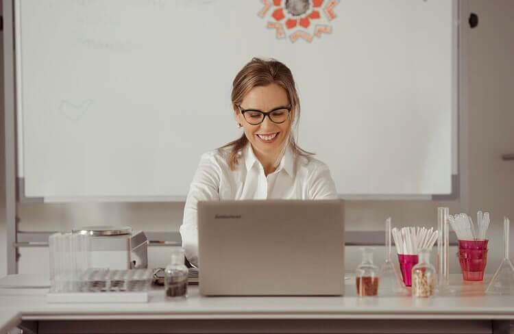 Sandir-escuela-online-curso-crea-tu-perfume01